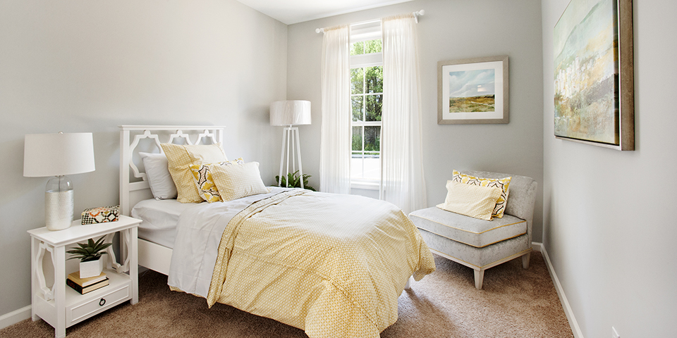 The Club at Melville - Long Island - Briarwood Model Bedroom